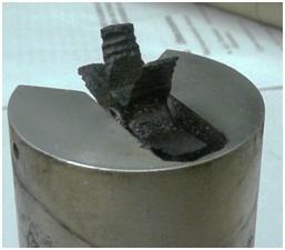 Рис.3 Повреждения крыльчатки из стали при эксплуатации крыльчатого расходомера на пластовой воде с минерализацией 60 г/кг